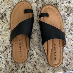 Lucky brand sandals!!